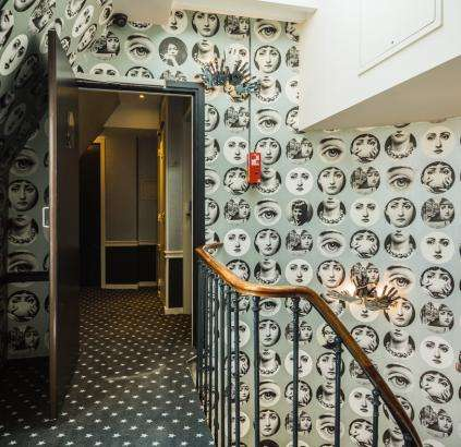 Hôtel Triangle d'Or - couloir